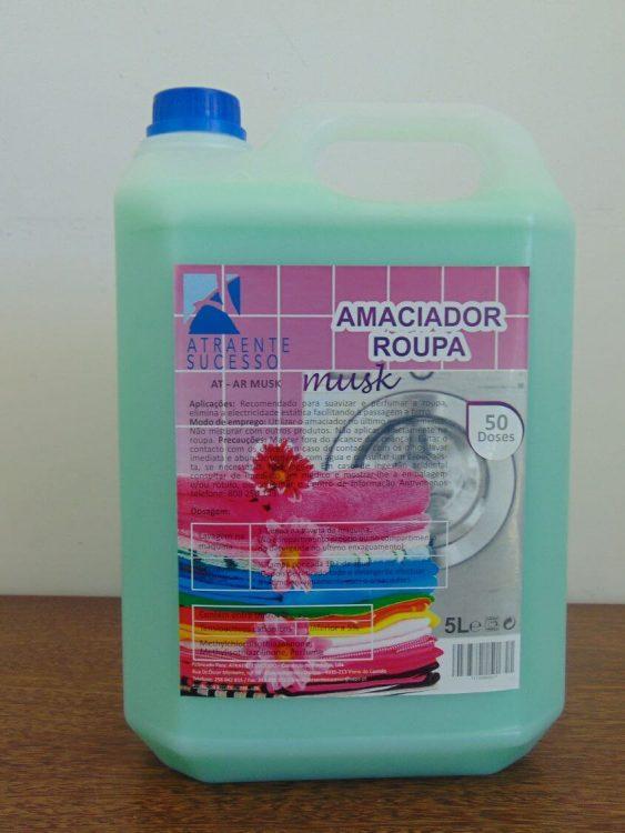 AtraenteSucesso_Amaciador_Roupa_1
